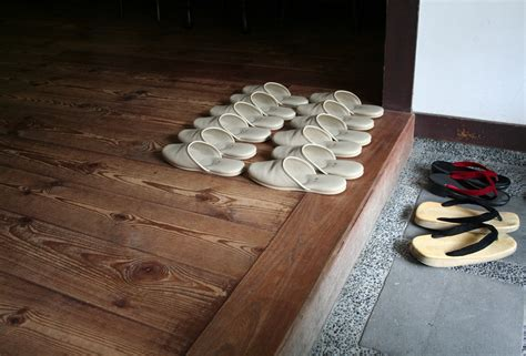 taking shoes off in house etiquette file japanese house slippers jpg wikipedia