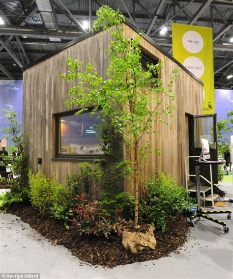 tiny homes 10000 2 lloyd s tiny home for 163 10 000 in uk