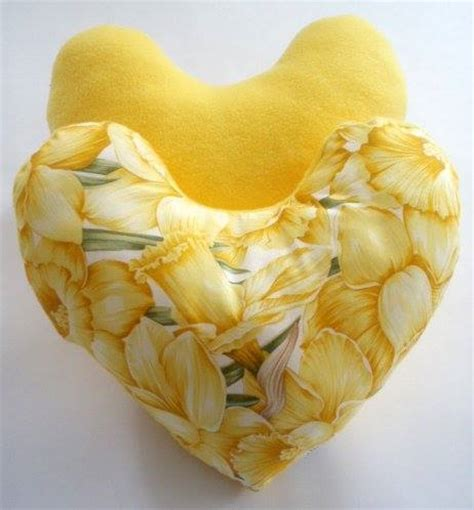 pattern for heart shaped cushion for breast cancer breast cancer topic links to patterns tutorials so you