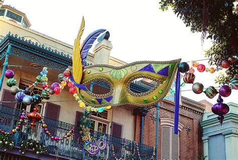 mardi gras history why are thrown at mardi gras the history is