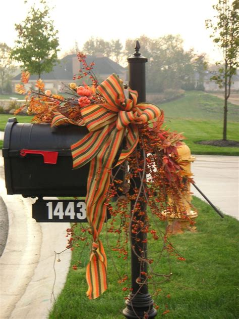 Mailbox Decoration Ideas by 25 Unique Fall Mailbox Decor Ideas On Mailbox