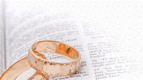 Wedding Bible Sermon by Church Powerpoint Template Wedding Welcome Bible Rings