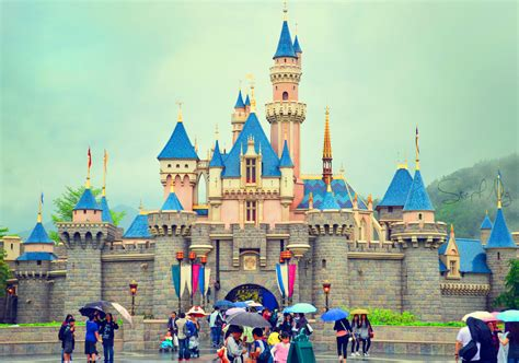 Kaos Hongkong 4 hong kong disneyland is adding frozen and marvel lands in a 1 4 billion expansion skift