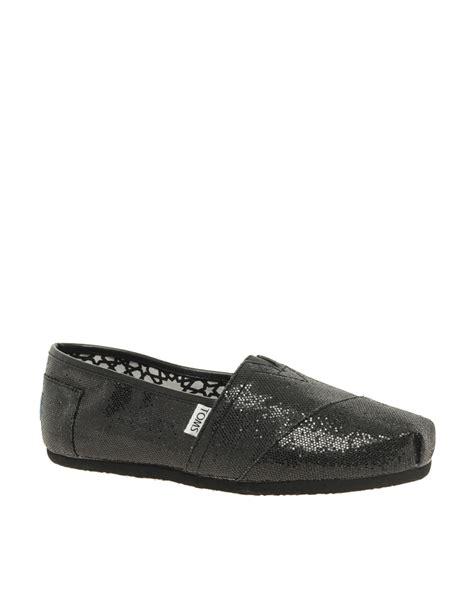 toms classic black glitter flat shoes toms classic black glitter flat shoes in black lyst