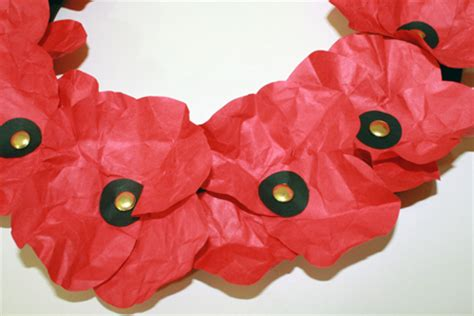 Make Paper Poppies - paper poppies tally s treasury