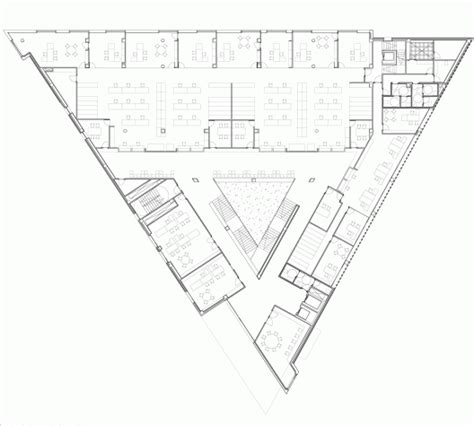 triangular floor plan juzgados 1 176 instancia de tudela otxotorena triangles architecture and architecture plan