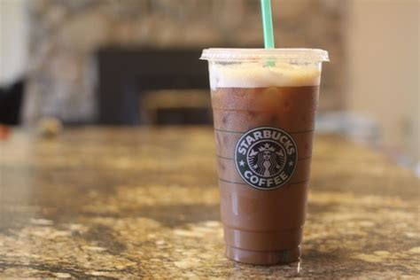 Woman sues Starbucks for $5m due to ice in cold drinks   Starbucks South Africa