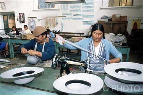 imagenes mujeres trabajando hombres y mujeres trabajando juntos en una sombrerer 237 a en
