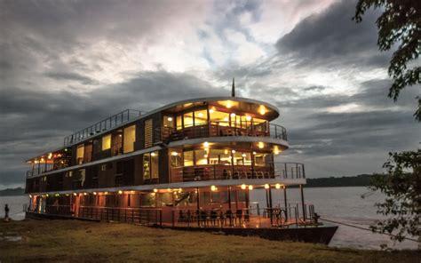 anakonda amazon river cruise afloat   rainforest
