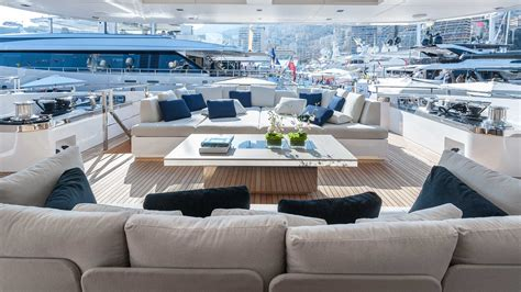 yacht di lusso interni yacht lusso yacht di lusso with yacht lusso yacht di