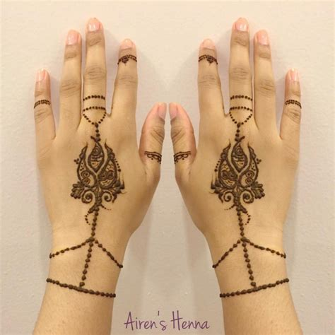 henna tattoo york hire airen s henna henna artist in new york