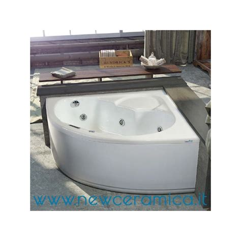 vasca idromassaggio 130x130 vasca idromassaggio angolare vittoria 130x130 relax design