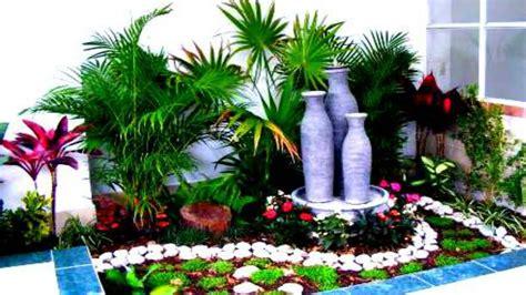 decoracion de jardines pequeños con piedras de rio jardines decorados con piedras decoracin de troncos y