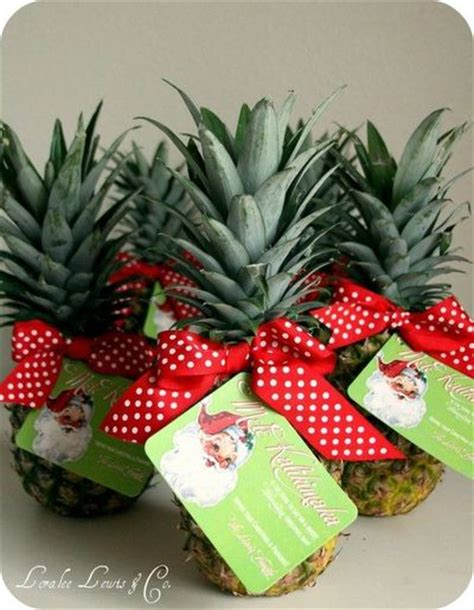 hawaiian christmas gift tag printable for the pineapple