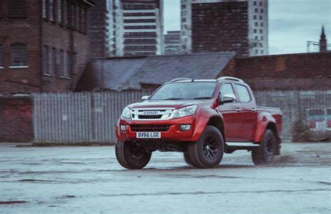 2017 isuzu d max arctic truck at35 review