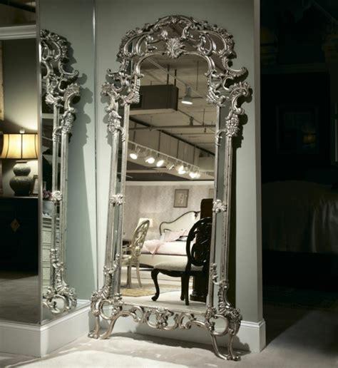 Grand Miroir Baroque le miroir baroque est un joli accent d 233 co archzine fr