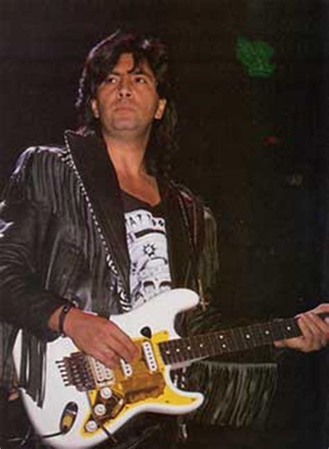 chitarristi di vasco intervista a maurizio solieri chitarrista di vasco