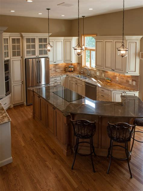 Tuscan Kitchen Island Traditional Tuscan Kitchen Makeover Chantal Devane Hgtv