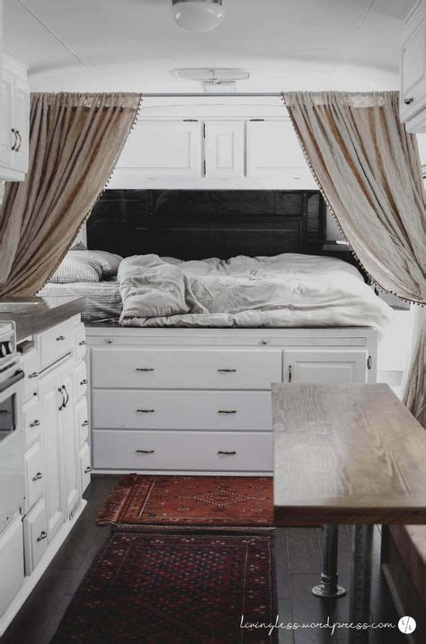 cervan bedding and curtains 25 best ideas about vintage trailer decor on pinterest
