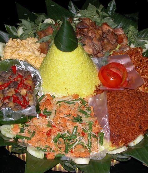 cara buat nasi kuning lengkap gizi dan kuliner by budi resep nasi kuning untuk selamatan