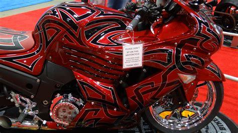 motosikletli kiz