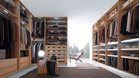 Dining Room With Kitchen Designs 15 Walk In Closets For Storing And Organizing Your Stuff