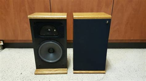 acoustic research vintage bookshelf speakers tsw 210