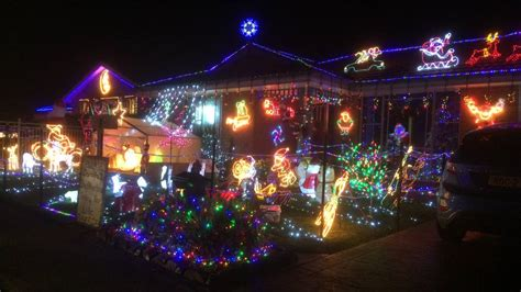 where to see the illawarra s best christmas lights 2016