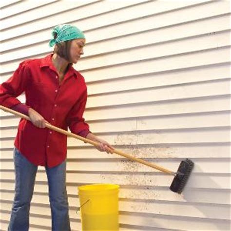 what to use to clean house siding cleaning vinyl siding tips how to build a house