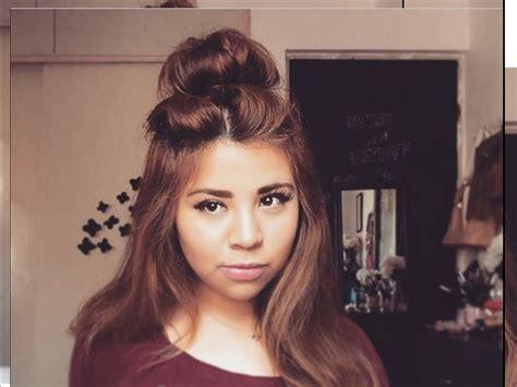 half up half down bun hairstyles youtube peinado f 225 cil y r 225 pido medio recogido messy bun half up