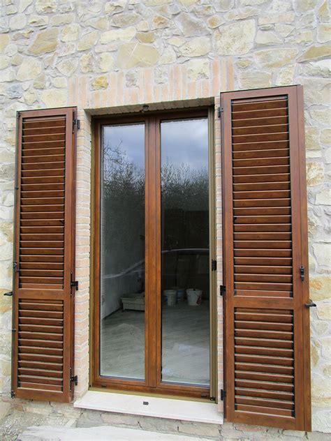 persiane in alluminio persiane in alluminio effetto legno spazio 4 serramenti