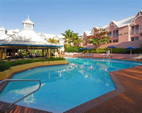 comfort suites near atlantis comfort suites paradise island hotel nassau bahamas