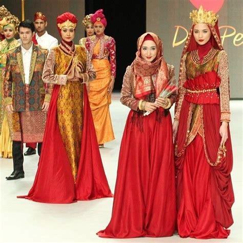 design batik hijab 138 best images about batik songket ikat tenun indonesia