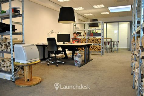 Office Desk For Rent Workspaces At Gedempt Hamerkanaal Amsterdam Noord Launchdesk