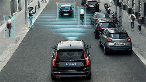 2015 volvo xc90 collision avoidance by city safety