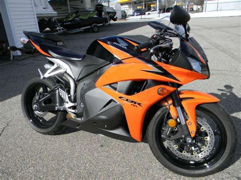 buy honda cbr600rr buy 2010 honda cbr600rr sportbike on 2040 motos