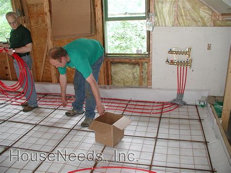 pex on mesh radiant floor slab pex radiant slab on grade pex underfloor heating system