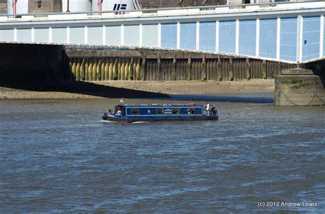 thames river boat wandsworth jartweb 187 thames path putney to westminster