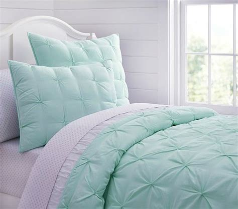 Aqua And White Bedding by Best 20 Mint Green Bedding Ideas On