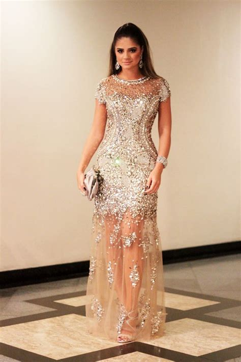 Dress Is In Now What what prom dresses are in style to wear now 2018
