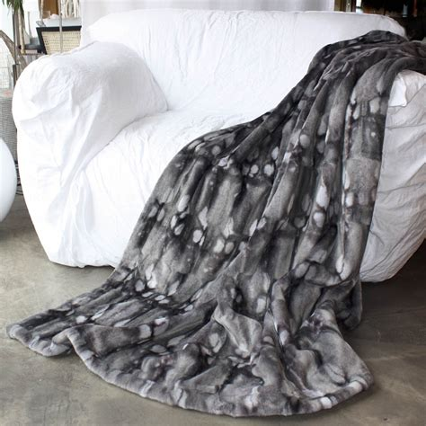 faux fur bed throw faux fur throw fake fur throw faux fur bed covers