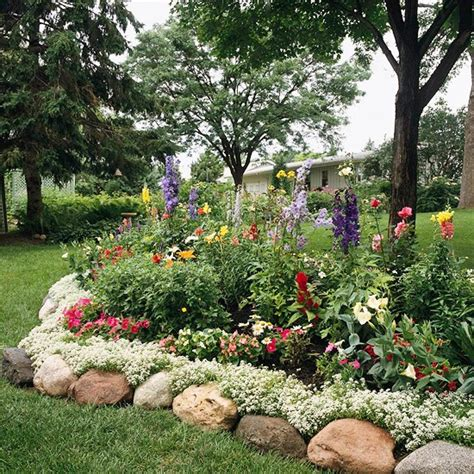 how to create a flower bed controlling craziness inspiration for the weekend 15