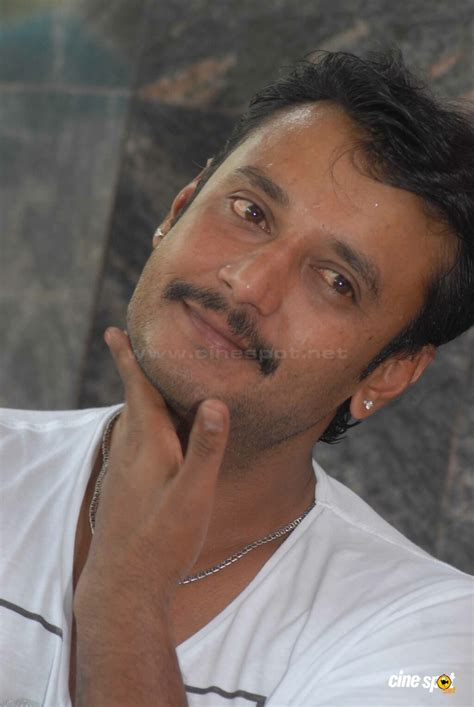 biography of kannada film actor darshan darshan at brundhavana film pressmeet 22