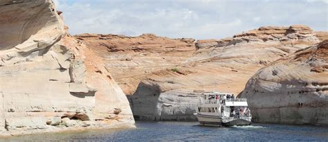 lake powell private boat tours lake powell boat tours dreamkatchers lake powell b b