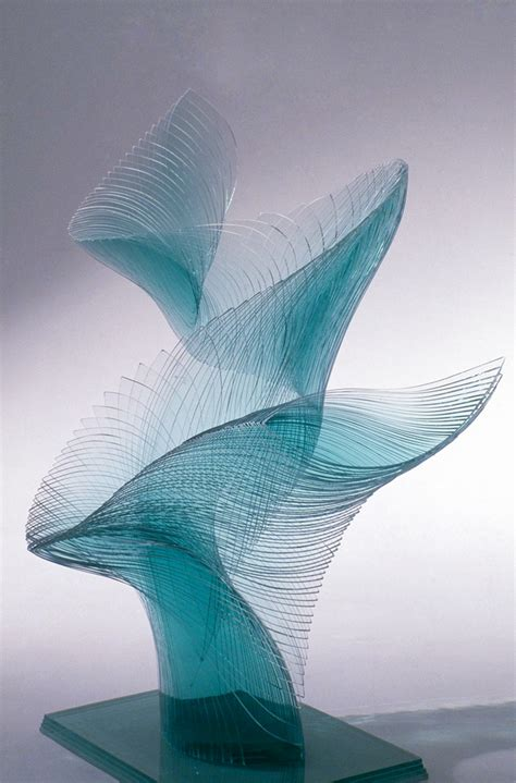 design art glass artist niyoko ikuta uses layers of laminated sheet glass