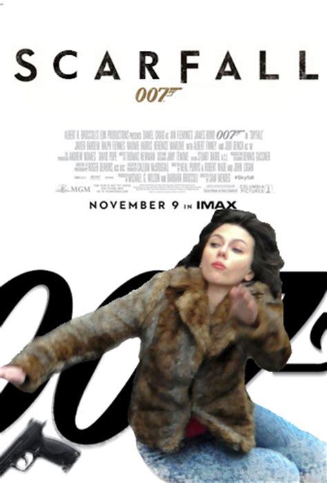 Scarlett Johansson Meme - scarfall scarlett johansson falling down know your meme