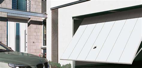 Garage Door Repairs Hshire by Up And Garage Doors Cheshire Retractable Garage