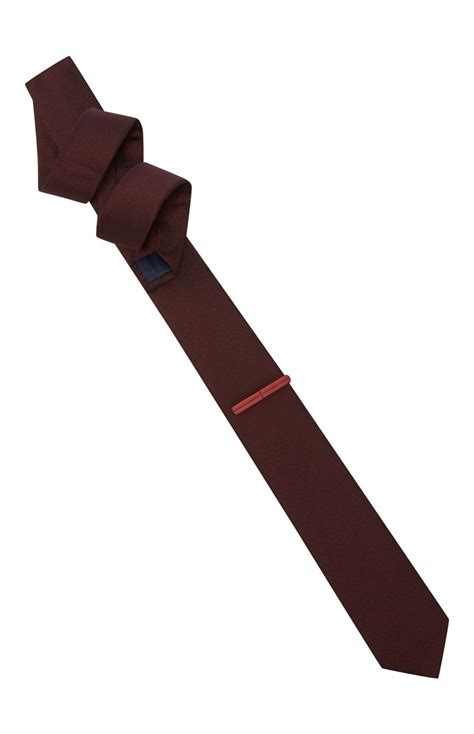wine tie with clip is available for you all at primark