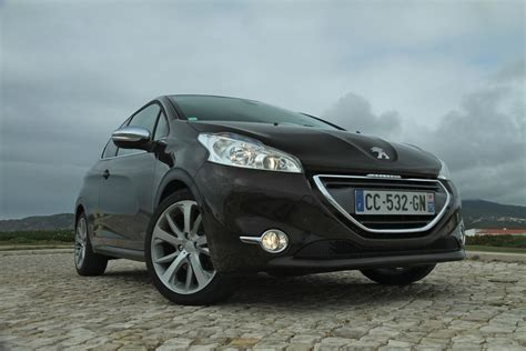 car peugeot 208 peugeot 208 cc sw unlikely photos 1 of 3