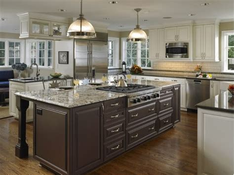 kitchen island with stove top best 25 kitchen island with stove ideas on